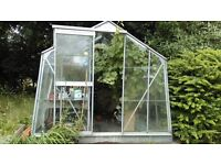 Greenhouse free collector dismantles