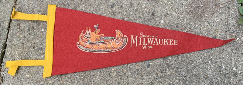 Vintage Milwaukee Wisconsin Chief In Canoe Pennant Felt Flag Old