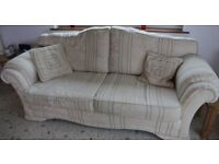 Green & cream3 piece suite,Good condition,3 seater sofa,2 seater sofa and 1 chair,Buyer collects
