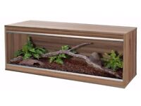 Wooden vivariums for sale (can come with equipment)
