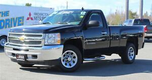 2012 Chevrolet Silverado 1500 LS! 4X4! V8! REG CAB LONG BOX!