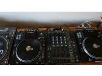 Denon DNS-SC3900 -- MP3 DJ Decks / Turntables -- Pioneer CDJ 3900