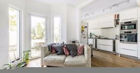 AN AMAZING 3 BEDROOM HOUSE IN TOOTING