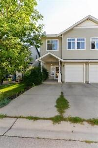 Beautiful 3 bedroom Duplex in St. Albert