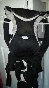 Infantino Baby Carrier. Excellent Condition!