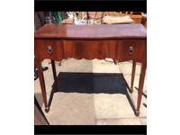 Mahogany desk / pedestal / writing desk antique
