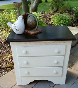 Painted and Refinished Night table/stand - Cute as a Button!