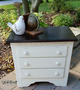 Painted and Refinished Pine Night/End Table- Beautiful!