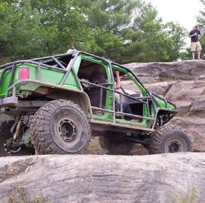 Offroad trail truck rock buggy