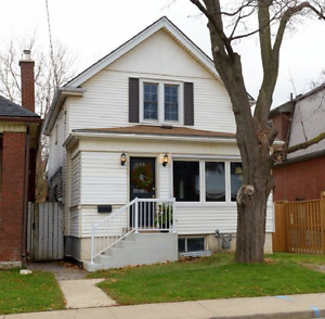 Fantastic Home for Rent in the Ottawa Street District!