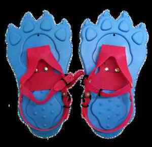 SNOW PAWS FOR KIDS - WE HAVE 2 PAIRS OF THESE SNOWSHOES