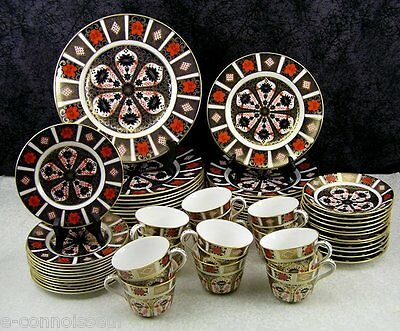 (60) Pc. Royal Crown Derby Old Imari #1128 Bone China Dinner Service for 12