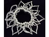 NEW Ladies Jewellery Silver Open Hearts On Silver Beads Elasticated Bracelet