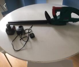 Hedge trimmer (Battery)
