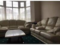 Stylish set of 3 cream leather sofas