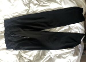 Black on the fly 7/8 pants