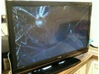 "Spares or repairs Luxor 37"" LCD HD TV"