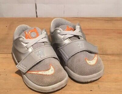 Pre Owned Nike KD  Infant's Shoes SIZE 5C Gently Worn. Great for Play Time (C13) ()