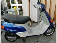 Piaggio Moped, restricted 30, learner legal, low insurance, £17pa tax, 1150 miles