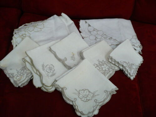 Lot of 20 Vintage Linen Embroidered and Cutwork Napkins - With 2 Table Runners