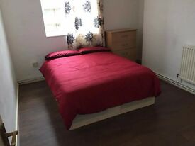 FULLY FURNISHED DOUBLE ROOM IN AMAZING LOCATION WITH ALL BILLS INCLUDED