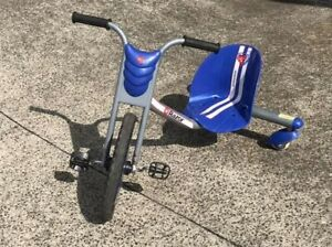 RAZOR RipRider360 scooter