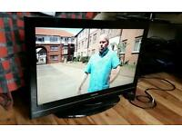 "Toshiba 32"" HD LCD TV WITH FREE VIEW"