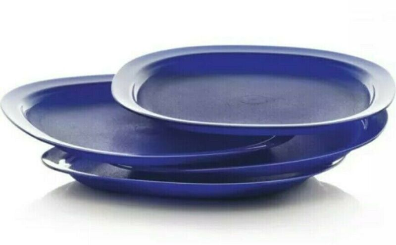 "Tupperware Microwave Reheatable Luncheon Plates 9.5"" Square Set of 4 Blue  New"