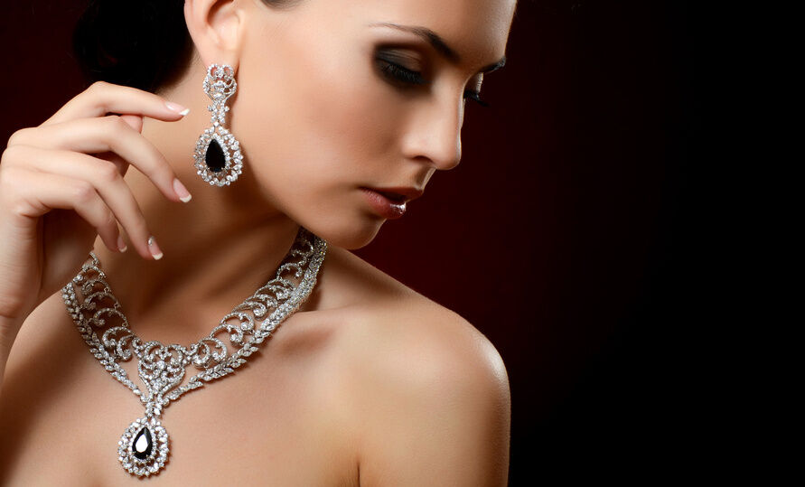 Antique Silver Jewellery Buying Guide