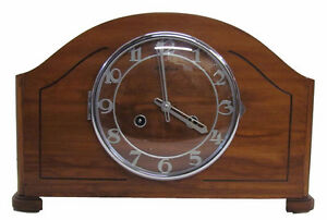 VINTAGE BLACK FOREST MANTLE CLOCK made in CANADA