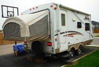 Expandable hybrid Sunset Trail travel trailer 20ft