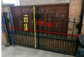 For Sale - Single Galvanised Plastic Coated Driveway Metal Gate