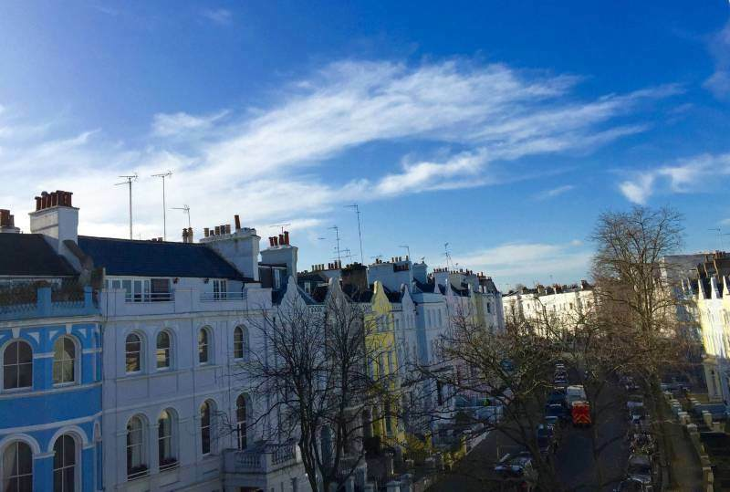 Recent fully renovated flat in Notting Hill!