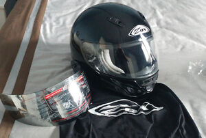 Casque Full Face marque Zox.