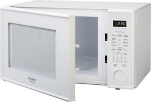 Sharp 1.1 cu. ft. microwave oven with 1000 watts
