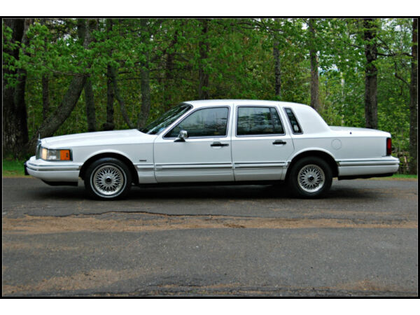 1993 lincoln town car for sale canada. Black Bedroom Furniture Sets. Home Design Ideas