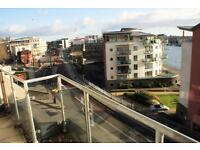 2 bedroom flat in Hotwell Road, Harbourside, Bristol, BS8 4UD