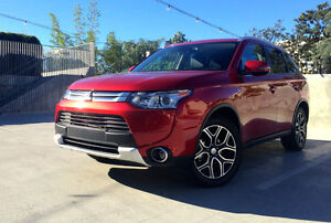 2015 Mitsubishi Outlander GT SUV, Crossover (Leaving Province)