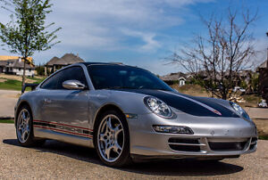 2005 Porsche 911 Carrera Coupe (2 door)