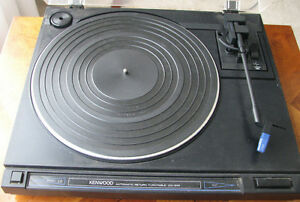KENWOOD TURNTABLE  KD-34R AUTOMATIC $100 Kitchener / Waterloo Kitchener Area image 1