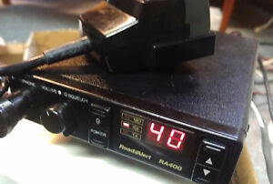 **READ AD** Sparkomatic RoadAlert RA400 CB Radio - 30.00 FIRM