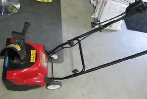 Toro 1500 Power Curve Electric Snow Thrower