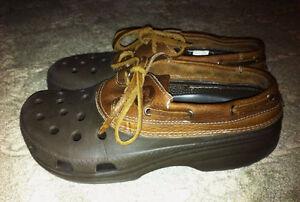 CROCS Leather Boat Shoes, Women's 8, Men's 6, NEW!