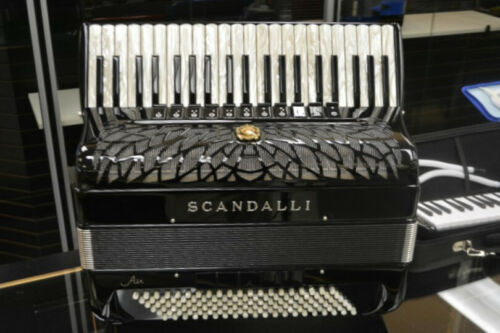 Scandalli Air 1S Piano Accordion