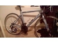 GIANT OCR road bike + Turbo trainer for indoor use..50cm Size frame