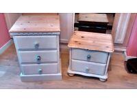 Light grey bedside cabinets