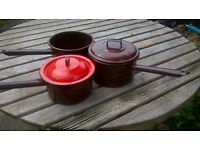 set of 3 old fashioned saucepans and lids