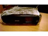 Black Epson EB-502 projector full working order