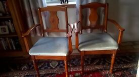Beautiful Ducal table and 6 chairs, Rosedale Pine range