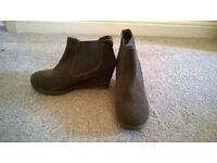 "Ladies ""White Stuff"" brown/green suede ankle boots with low wedges"